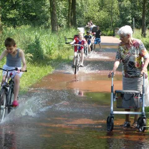 foto van overlast voor kinderen en ouderen